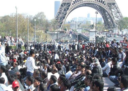 الفرنسيون والإسلام 710517112015021006.jpg