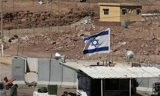 الجيش الصهيوني يعزز تواجده 152902072015112518.jpg