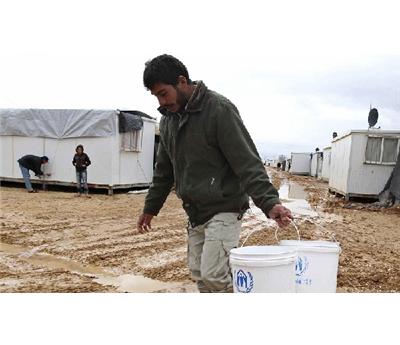 مليون لاجئ سوري أغذية 152902122014100526.jpg