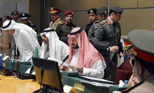 أوباما يستكشف الشاب السعودي الجديد 152903052015091536.jpg