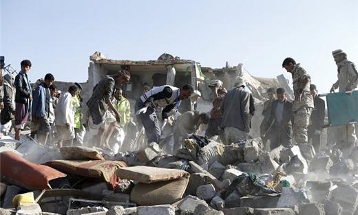 غارات للتحالف تجمعات للحوثيين بصعدة 152906052015083032.jpg
