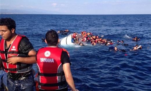 بريطانيا ترسل بوارجها لمحاربة اللاجئين 152907032016101637.jpg