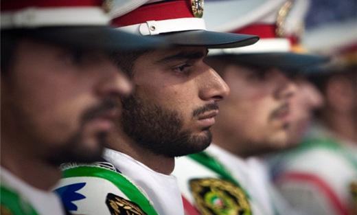 مقتل ثمانية عسكريين إيرانيين 152907042015100002.jpg