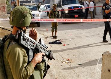 الجيش الصهيوني يكشف جنوده الخليل 152908082019094628.jpg