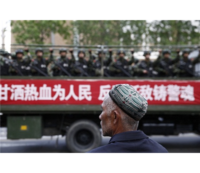 الصين تعدم مسلمي تركستان الشرقية 152908122014033133.jpg