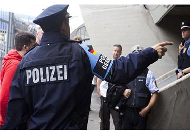 حملة تهديد تستهدف المساجد ألمانيا 152909102019125532.jpg