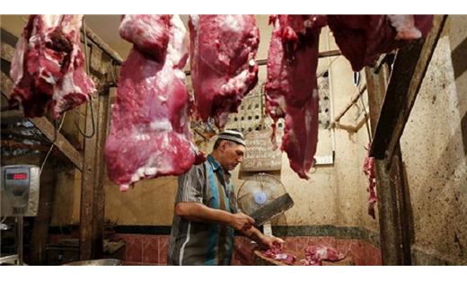 الهندوس يمنعون المسلمين البقر 152911092015053610.jpg