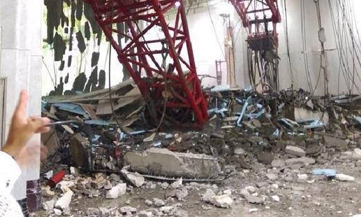 سقوط رافعة الحرم المكي 152911092015082307.jpg
