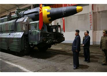 كوريا الشمالية تخفي صواريخها النووية 152913112018022857.jpg