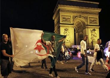لوبان الفرنسية قلقة دخول الجزائريين 152914032019011011.jpg