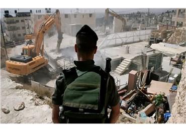 الإحتلال الإسرائيلي يخطر الفلسطينيين بهدم 152917012021023928.jpg