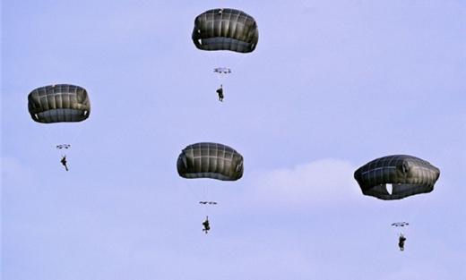 احباط عملية إنزال لجنود اليمن 152921082015021702.jpg