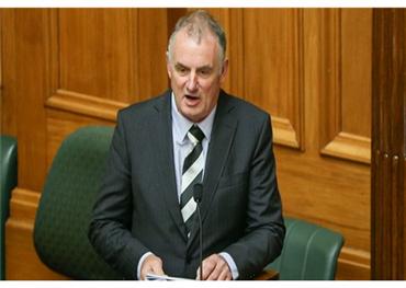 رئيس البرلمان النيوزيلندي: مغتصب يطارد 152922052019101633.jpg