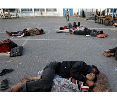 فلسطيني يعيشون العراء 152924122014100353.jpg