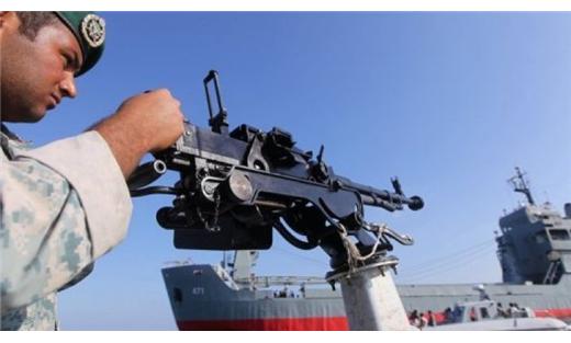 مناورات عسكرية مضيق الخليج العربي 152925022015024519.jpg