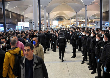 جزائري عالقون اسطنبول يناشدون حكومتهم 152925032020093712.jpg