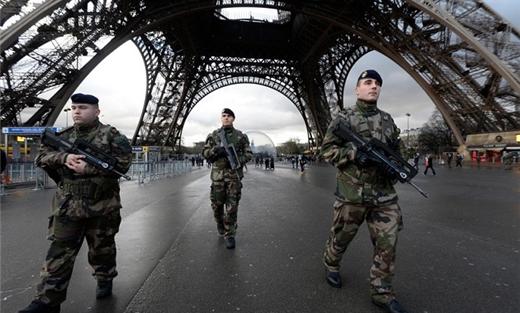 محاولة المساجد بفرنسا 152928042015094319.jpg