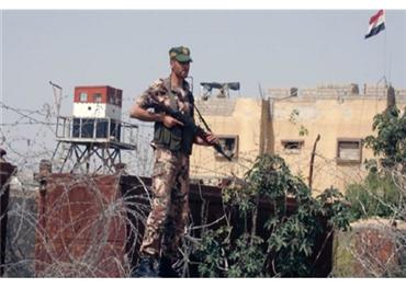جندي مصري يطلق النار قائد 152928112018022319.jpg