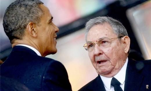 كاسترو يطالب باسترداد غوانتانامو 152929092015070254.jpg