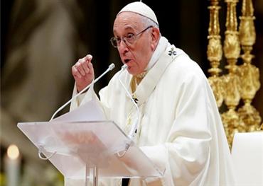 إتهامات لبابا الفاتيكان بسرقة ملياري 152931122020023943.jpg
