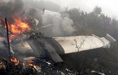 قتيلا تحطم طائرة عسكرية جزائرية 2010148.jpg