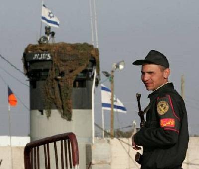 تنفذ للسيطرة الحدود الكيان الصهيوني 2010252.jpg
