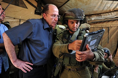 وزير الجيش الصهيوني يلوح بإعادة 2010482.jpg