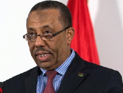 رئيس الوزراء الليبي الجديد يعتذر 2010860.jpg
