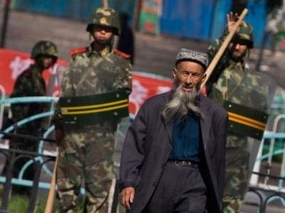 حملة اعتقالات تنفذها الصين منطقة 2011183.jpg