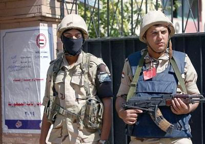 فايننشال تايمز: الناخبون المصريون يخيبون 2011403.jpg