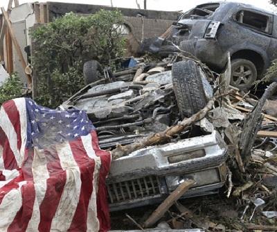 قتلى أعاصير ضربت جنوب الولايات 201158.jpg