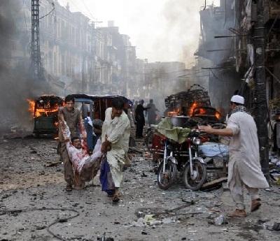 غارات تقتل العشرات باكستان 2011643.jpg