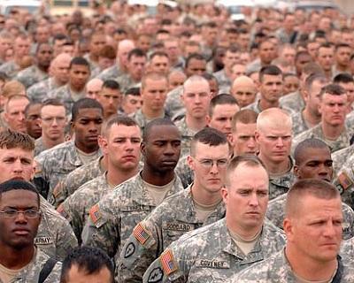 واشنطن ترسل جندي بولندا لطمأنة 20117.jpg