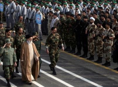 إيران تجهز عسكرية 2011793.jpg