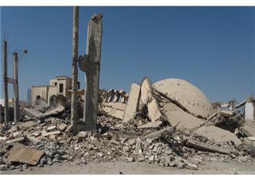 التحالف الدولي يقصف مسجدا بدير 733712022019093921.jpg