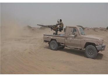 """اليمن.. الجيش يسيطر """"كيلو16"""" ويقتحم 733713092018090059.jpg"""