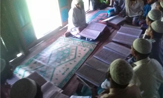 ميانمار تمنع مسلمي «الروهنجيا» تعلم 733717082016111019.jpg