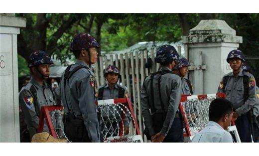 ميانمار تفرض تجول الروهنجيا البوذيين 733719062016080116.jpg