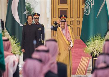 الملك سلمان يبحث تعزيز العلاقات 733719092018071835.jpg