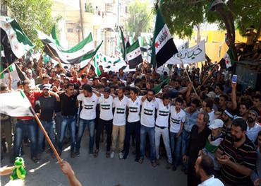 إدلب تصرخ مجددا.. وتظاهرات تطالب 733721092018070306.jpg