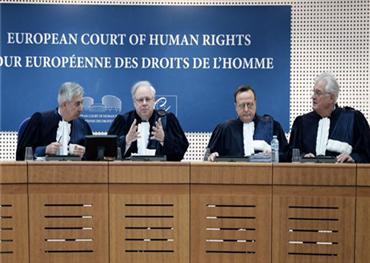 المحكمة الأوروبية لحقوق الإنسان: الإساءة 733725102018065916.jpg