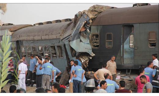 مصر.. ارتفاع ضحايا تصادم قطارين 733728022018070024.jpg