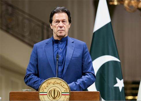 عمران يحظى بثقة البرلمان الباكستاني 152906032021032033.jpg