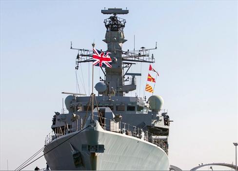 حربية بريطانية تتحرك بسبب أزمة 152906052021012011.jpg