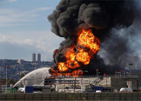 سلطات الإحتلال عاجزة إطفاء حريق 152912052021022127.jpg