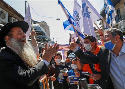 أعضاء الكنيست الصهيوني يحرضون إقتحام 152913072021100043.jpg